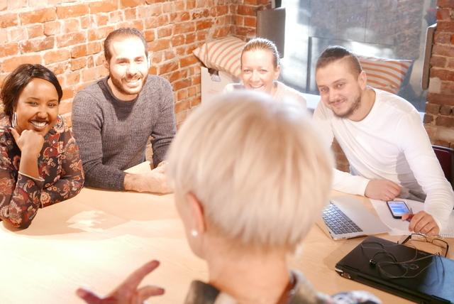 Bilde av en gruppe mennesker