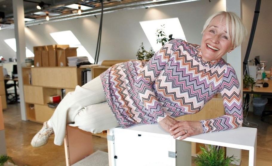 Kristin Langnes ligger på hylla